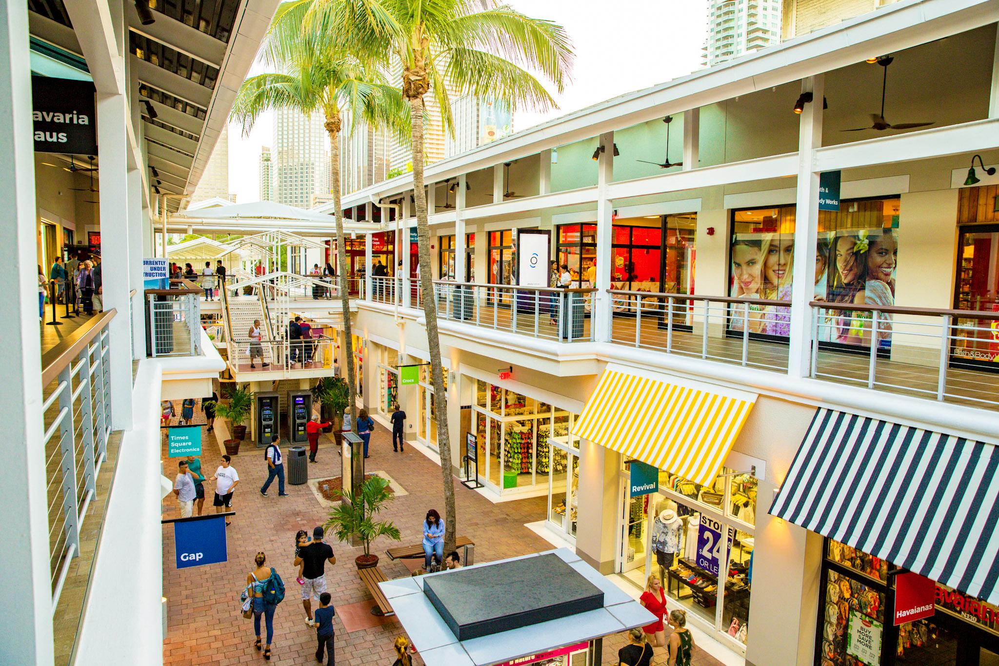sawgrass-mall-shuttle-round-trip.jpg